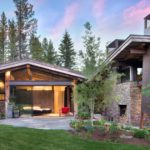 bridger-canyon-modern-luxury-home-03