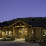bridger-canyon-stone-creek-residence-brechbuhler-architects-01
