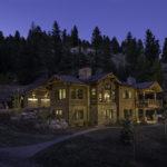 bridger-canyon-stone-creek-residence-brechbuhler-architects-03