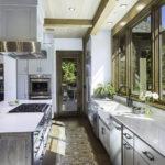 bridger-canyon-stone-creek-residence-brechbuhler-architects-07