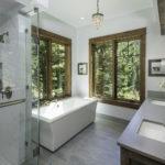bridger-canyon-stone-creek-residence-brechbuhler-architects-08